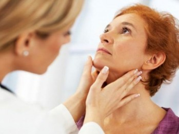 Tratamente naturiste pentru noduli tiroidieni